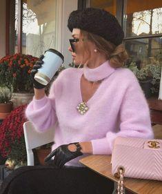 2,860 отметок «Нравится», 15 комментариев — @fashion4perfection в Instagram: «Stylish @victoria_fox0001 💞»