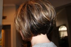 Best Back of Bob Haircut Pictures - Alysa Queen Short Stacked Haircuts, Stacked Bob Hairstyles, Layered Bob Hairstyles, Long Bob Haircuts, Short Hair Cuts, Short Hair Styles, Curly Stacked Bobs, Choppy Hairstyles, Bob Haircut Back View