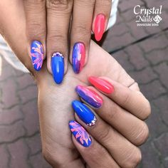 💕 In love with the and Royal color gels (hard gels) 💙💜 How do you l Nail Pro, Gel Nails, Acrylic Nails, Manicure, Royal Colors, Crystal Nails, Do You Like It, Nails Magazine, Swag Nails