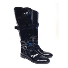 Pre-Owned Sergio Rossi Black Patent Leather Boots Size 35.5* ($502) ❤ liked on Polyvore featuring shoes, boots, black, black winter boots, black patent leather boots, black patent leather shoes, shearling-lined boots and wide calf boots