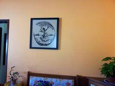Meus quadros em ponto cruz já estão na parede