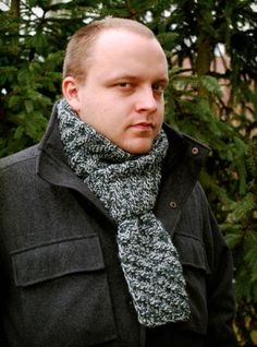 Free Knitting Pattern - Scarves: Detective's Scarf