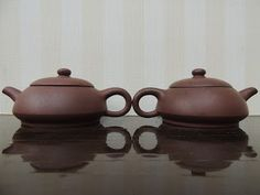 Twin Chinese Yixing Zisha Clay Teapot / Teko Teh Tanah Liat