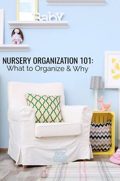 Before the baby arrives, create a nursery with effective organization strategies that will ease your stress. This nursery organization guide will walk you through every step. Home Office Organization, Organizing Your Home, Organizing Ideas, Organization Hacks, Baby Closet Dividers, Organize Kids, Family Organizer, Room Closet, Clutter