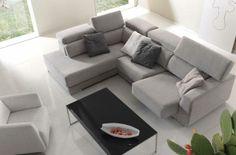 Sofá muy cómodo. ¡Pruébalo en nuestra tienda en Zaragoza! Cap Cod, Couch, Furniture, Home Decor, Space, Tent, Curtains, Homemade Home Decor, Sofa
