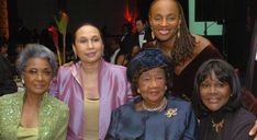 Dorothy Irene Height's Hats >< Dorothy Height with Nancy Wilson (left), Alexis Herman and Cicely Tyson
