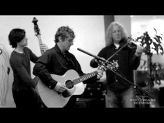 """Railroad Earth """"Bird In A House"""" - Pandora Whiteboard Sessions"""