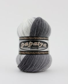 yarn color 554-01 http://www.woollyandwarmy.com/collections/frontpage/products/554-01