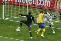 Danny Welbeck scores a game winning goal with heel. Sweden vs England 2:3