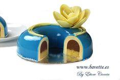 Bavaroise de caramelo Bolo Original, Cake Varieties, Modern Cakes, Pastry Art, Marble Cake, Fancy Desserts, Sweet Pastries, Mousse Cake, Food Decoration
