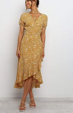 Modest Outfits, Casual Dresses, Fashion Dresses, Dress Outfits, Casual Knee Length Dresses, Floral Dresses, Simple Dress Casual, Printed Dresses, Wrap Dresses
