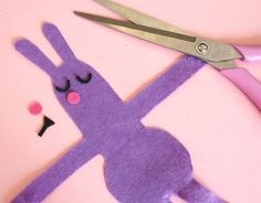 Kid's craft - Easter Egg Bunny Hugs! - Paper and Pin