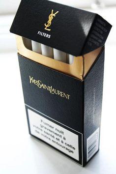 Ho un solo vizio: quello del fumo