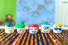Funny marshmallows faces