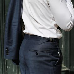 Mon avis sur les costumes sur-mesure Jean-Manuel Moreau   VGL Les Benjamins, Costume Noir, Silhouette, Jeans, Menswear, Fashion, Tailored Suits, Men Wear, Men Styles