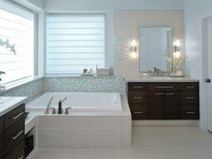 Dreamy spa-inspired bathrooms --> http://hg.tv/14ci3