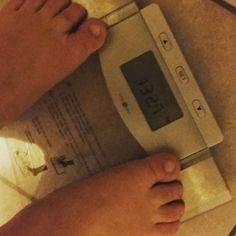 1327 kg. Glücklich und zufrieden. Mein erstes Ziel ist nicht mehr weit entfernt. #abnehmen #weightloss #lowcarb #keinekohlenhydrate #lchf #fleischistmeingemüse #protein #fitness #fitnessrulez #sport #glücklich #schwitzen #abgenommen #eslohntsich #springüberdeinenschatten #motivation by neena_loose_weight