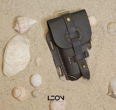 Universal Phone Case by Leon Litinsky