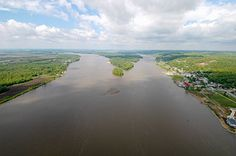 The Illinois and Mississippi rivers converge, in Alton, Illinois | Walk in the footsteps of Lewis & Clark