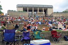 Indianapolis Museum of Art 'Summer Night Film Series' (Indianapolis) Night Film, Indianapolis Museum, Romantic Places, Summer Nights, Back Home, Small Towns, Perfect Place, Art Museum, Places To See