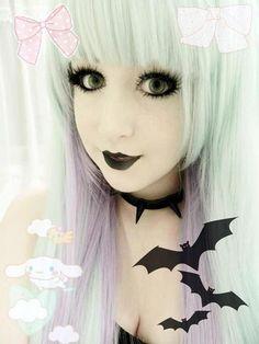 Image - Qu'est-ce que le pastel goth? - Pastel world Pastel Goth Fashion, 90s Fashion Grunge, Dark Fashion, Scene Girls, Emo Scene, Indie Scene, Victorian Goth, Gothic Lolita, Dark Beauty