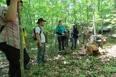 David Naumec (Mashantucket Pequot Museum & Research Center) hikes the path of the English Withdrawal with UConn Field School students.