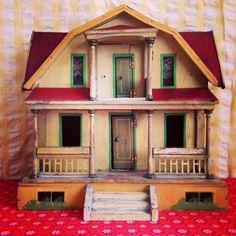 Gorgeous 1920's Folk Art Dollhouse  on Etsy, $375.00