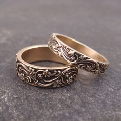 Art Deco Vines wedding band set by Chuck Domitrovich of Down to the Wire Designs - in 14k gold