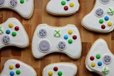 What do nine year old boys like? I have no idea. My co-worker's kiddo, however, is really into video games and is having a big ol' video game themed party this weekend. He's particularly into his Xbox system, so Xbox controller cookies were quickly added to my project list. I …