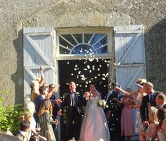 Confetti moment! www.acelebrantinfrance.com Celebrity Weddings, Confetti, France, In This Moment, Celebrities, Dresses, Fashion, Celebs, Gowns