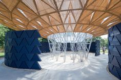 Diébédo Francis Kéré's Serpentine Pavilion Opens in Sun-Drenched London – But Will Come Alive During Rain,Serpentine Pavilion 2017, designed by Francis Kéré. Serpentine Gallery, London (23 June – 8 October 2017) © Kéré Architecture. Image © Iwan Baan