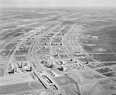 1959, Brasil - Construção de Brasília, capital federal.