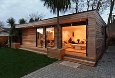 Garden room architecture in.studios - contemporary outdoor buildings ranging from Garden Rooms, Home Offices, Garden Studios, a larger Granny Annexe or even a eco Home, all installed to your very own bespoke requirements. Garden Cabins, Garden Homes, Garden Rooms Uk, Outdoor Garden Rooms, Garden Lodge, Modern Small House Design, Modern Bungalow House Design, Outdoor Buildings, Garden Buildings