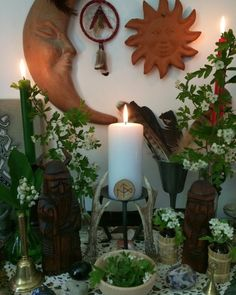 Witch Alter, Tarot, Pagan Festivals, Traditional Witchcraft, Green Witchcraft, Wiccan Altar, Baby Witch, Altar Decorations, Witch Aesthetic