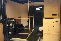 In 30 Tagen wurde ein Lieferwagen zu unserem neuen zuhause und mobile office umgebaut. Der komplette Umbau und alle Details zum Projekt findest du hier...