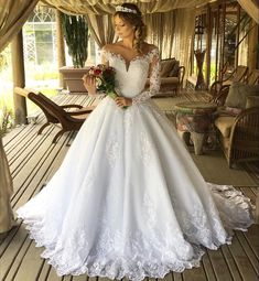 E JUE SHUNG White Vintage Lace Appliques Ball Gown Wedding Dresses Sheer Back Long Sleeves Wedding Gowns robe de mariee Country Style Wedding Dresses, Wedding Dresses Plus Size, Princess Wedding Dresses, Wedding Gowns, Tulle Wedding, Dream Wedding, Formal Wedding, Bling Wedding, Modest Wedding