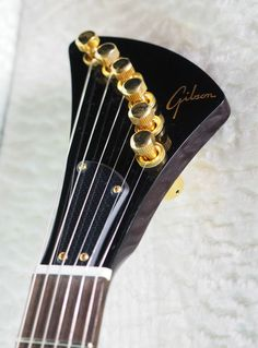 """Gibson with Steinberger style """"banjo"""" tuners – 1 of 2"""