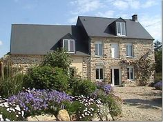 4 Bedroom House for sale For Sale in Manche, FRANCE - Property Ref: 701104 - Image 1