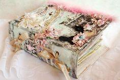 spine of mini album Mini Albums, Mini Scrapbook Albums, Scrapbook Photos, Handmade Journals, Handmade Books, Mini Books, Book Making, Card Making, Shabby Chic