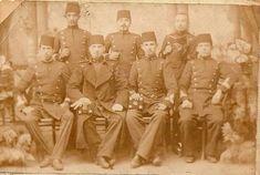 1904 Harb okulu arkadaşları ile.