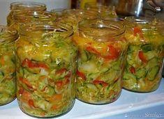 Sałatka na zimę z kapustą i ogórkami - wielowarzywna Cabbage Salad, Vegetable Recipes, Preserves, Guacamole, Pickles, Salads, Mexican, Homemade, Vegetables