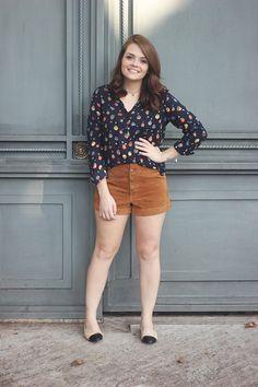 Look da Ka: Camisa com estampa de balões e sapatilha (dos sonhos) Chanel