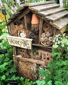 Helping bees: If you have a backyard or large garden, consider building yourself a bee hotel. 8 Practical Things You Can Do To Help Save The Bees Bug Hotel, Dream Garden, Garden Art, Bee House, Save The Bees, Native Plants, Garden Planning, Garden Projects, Garden Inspiration