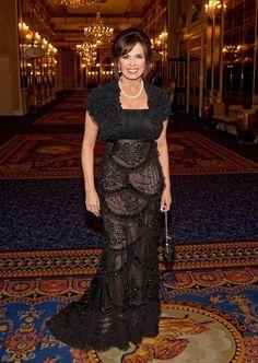 Oh wow love this dress! Marie looks gorgeous! Marie Osmond Hot, Donny Osmond, Beautiful Celebrities, Beautiful People, Nice People, Female Celebrities, Beautiful Women, Osmond Family, Actor Headshots