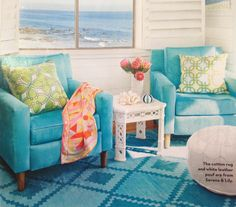 Turquoise chairs :)