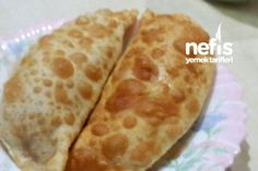Çiğ Börek They must be fried but it is nice to know how they are made. Turkish Recipes, Italian Recipes, Ethnic Recipes, Ramadan Desserts, Meat Recipes, Cooking Recipes, Pasta Recipes, Turkish Breakfast, Turkish Kitchen