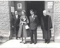 2x-Princess Christina of Hesse married 2nd Robert van Eyck  on 3 December 1962 in London, England. Two children.