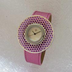 Pink lovers #dejavuWatch #DejavuFashion >> http://www.dejavu-fashion.eu/flash-w1041.html