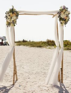 outdoor wedding ceremony idea; featured photo: Danielle Coons Photography