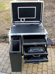 Mobile Video Cart, Mobile Presentation Cart, Mobile Computer Cart & Live Event System